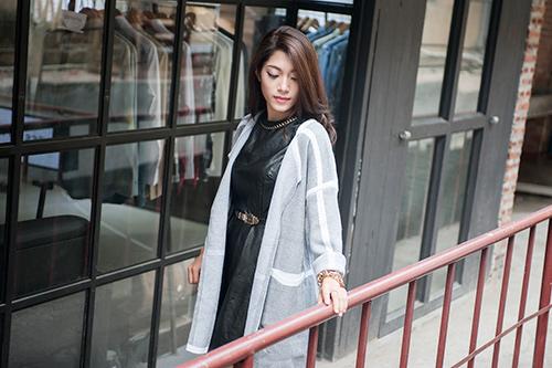 4 cách 'trị' chiếc áo cardigan dáng dài ương bướng-1