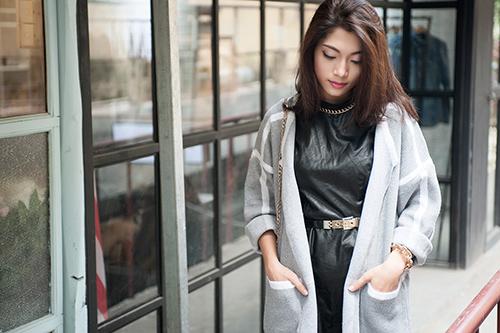 4 cách 'trị' chiếc áo cardigan dáng dài ương bướng-5
