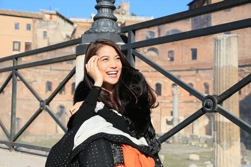 Trương Ngọc Ánh - Kim Lý tình cảm trên đường phố Italy-11