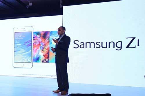 Samsung chính thức trình làng smartphone đầu tiên chạy Tizen-10