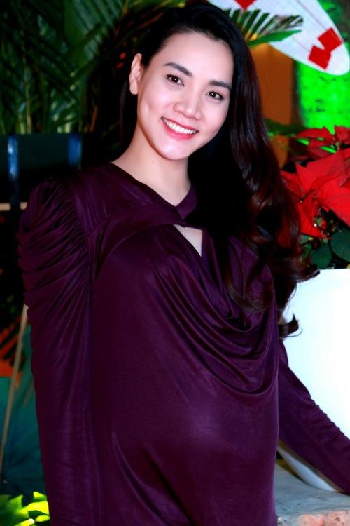 Trang Nhung khoe bụng bầu 7 tháng bên Mai Thu Huyền-4