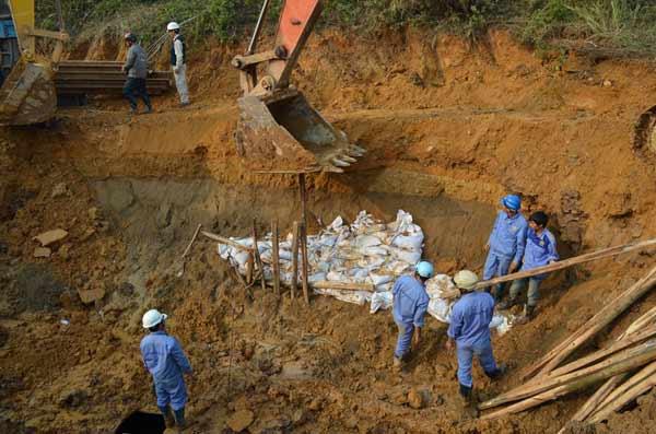 Lần thứ 10 vỡ đường ống: TGĐ Công ty nước sạch nói gì?-9