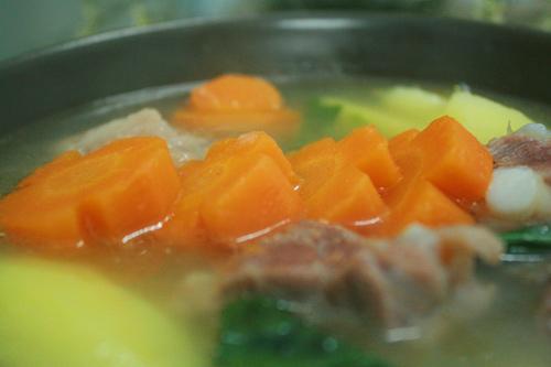 Canh khoai tây sườn nóng hổi-18