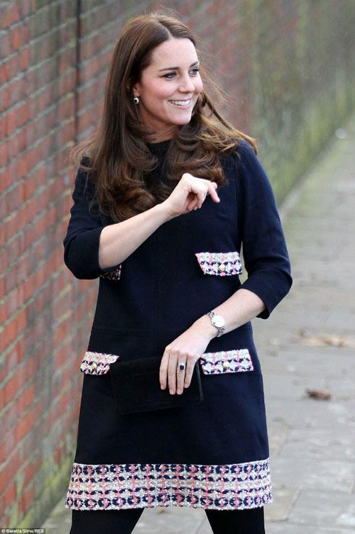 Ngắm bụng bầu ngày một lớn của Công nương Kate-4