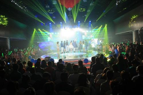 Rừng khán giả xúc động trong show tưởng nhớ Wanbi Tuấn Anh-3