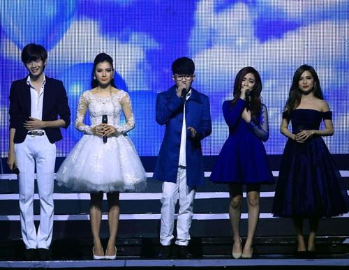 Rừng khán giả xúc động trong show tưởng nhớ Wanbi Tuấn Anh-9