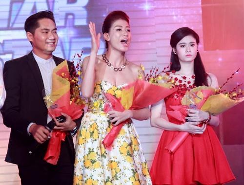 """Trương Quỳnh Anh lộ diện chớp nhoáng giữa """"bão hôn nhân""""-12"""