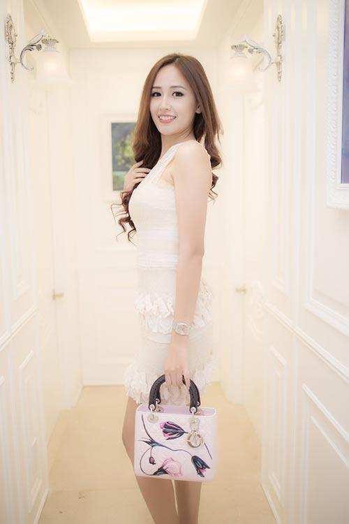 Mai Phương Thúy đẹp ngọt ngào đến chúc mừng Thanh Mai-1