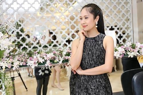 Mai Phương Thúy đẹp ngọt ngào đến chúc mừng Thanh Mai-19
