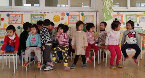 Trẻ ở trường cũng cần được chăm sóc răng miệng-2