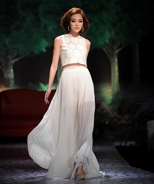 Váy dạ hội Việt đẹp và sang không kém hàng hiệu - 6