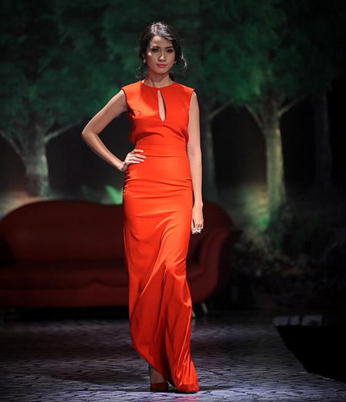 Váy dạ hội Việt đẹp và sang không kém hàng hiệu - 10