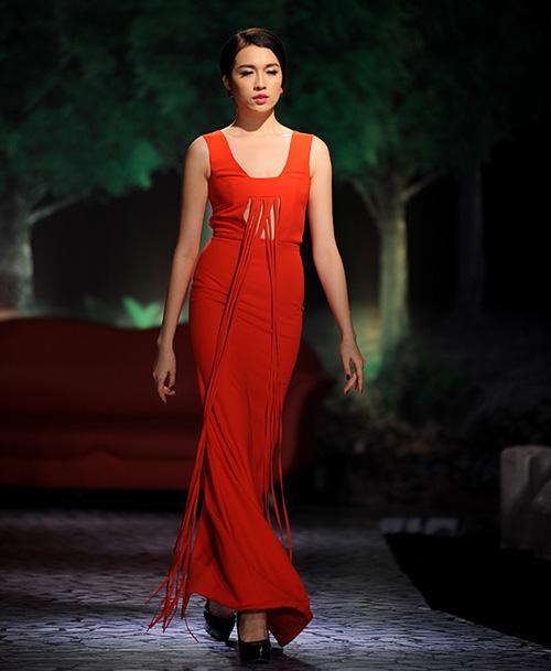 Váy dạ hội Việt đẹp và sang không kém hàng hiệu - 13