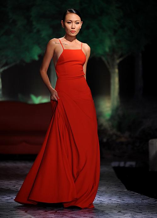 Váy dạ hội Việt đẹp và sang không kém hàng hiệu - 14