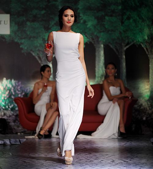 Váy dạ hội Việt đẹp và sang không kém hàng hiệu - 2