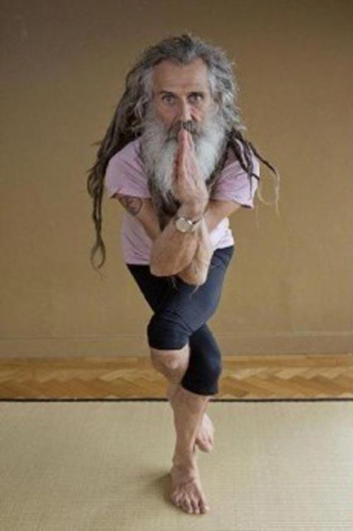 nguoi dan ong day yoga noi tieng nhat nuoc anh - 1