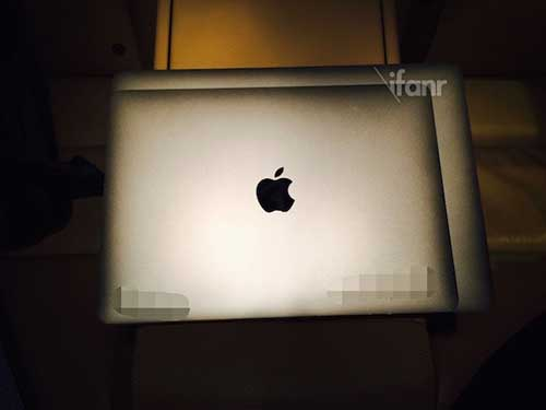 anh macbook air 12 inch cua apple bi lo - 3
