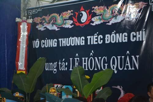 may bay roi tai tp.hcm: don chien si hi sinh ve voi dat me - 3