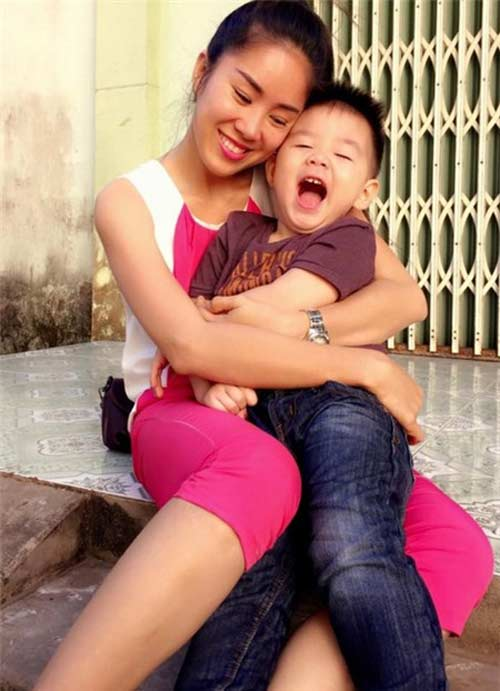 vy oanh bat ngo len tieng benh vuc le phuong - 2