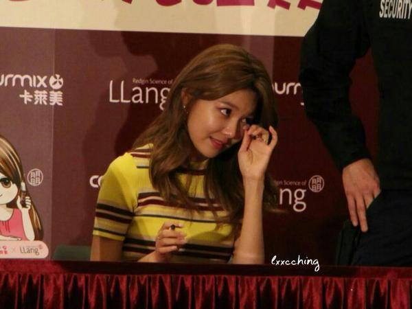 "tiffany (snsd) ""do sac"" voi hoa dan pham bang bang - 13"