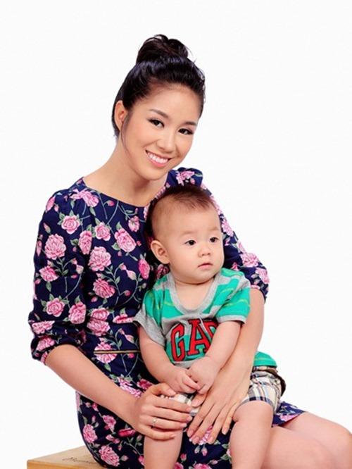 le phuong khong an tét nguyen dán cùng con trai - 3