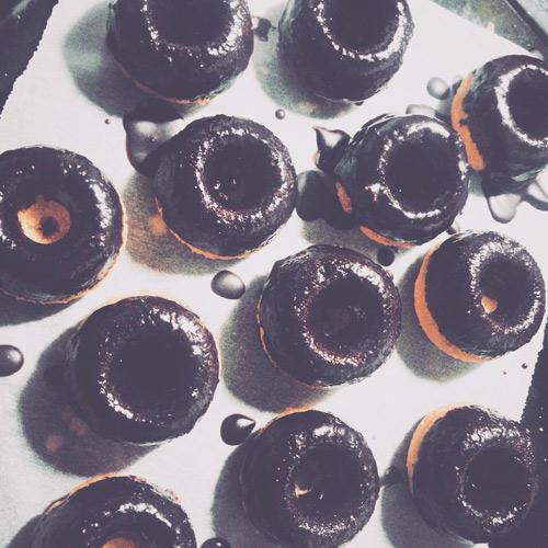 banh donut nuong nhieu mau dep mat - 9