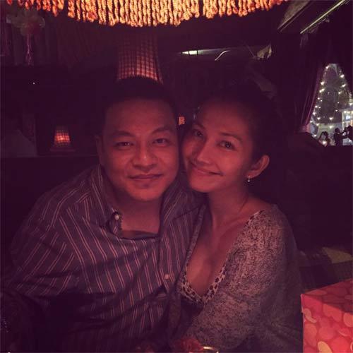 kim hien bung bau hanh phuc ben chong va con trai - 3