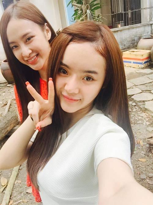 angela phuong trinh don tet cung gia dinh o long an - 3
