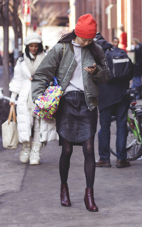 hoang thuy lot top 28 street style an tuong tai jeremy scott - 10