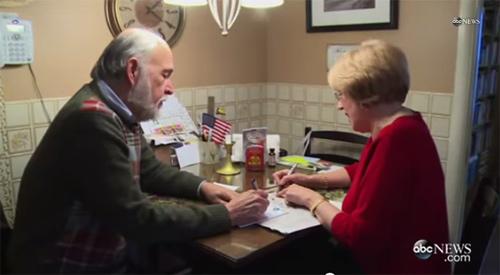Người đàn ông gửi cho vợ 10.000 lá thư tình-6