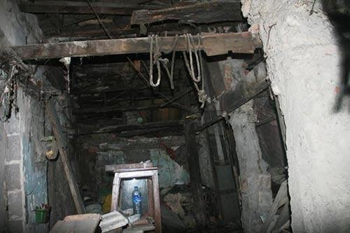 """""""Ớn lạnh"""" với căn nhà tự xây của dị nhân Quảng Nam-7"""