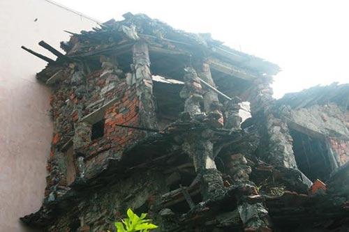 """""""Ớn lạnh"""" với căn nhà tự xây của dị nhân Quảng Nam-3"""
