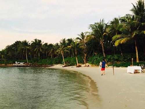HH Hương Giang cùng chồng con đi du lịch Campuchia-2