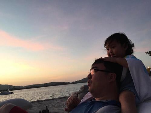 HH Hương Giang cùng chồng con đi du lịch Campuchia-3