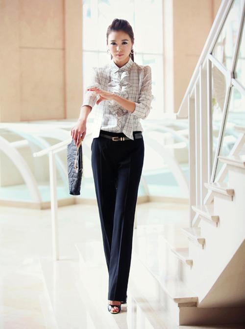 Mách nữ công sở cách mặc quần cao lên tức thì - 12