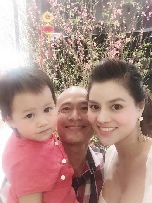 Hà Kiều Anh hạnh phúc du xuân cùng chồng, con-14