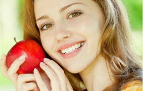 Image result for giấm táo làm dịu da