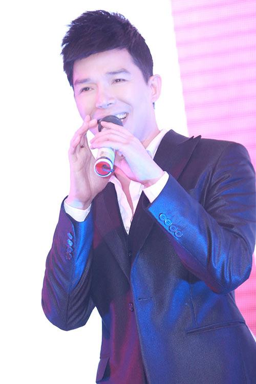"""nathan lee cong khai goi phuong mai la """"vo"""" - 8"""