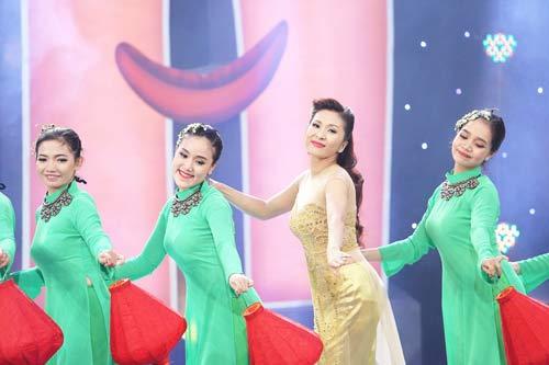 """nathan lee cong khai goi phuong mai la """"vo"""" - 16"""