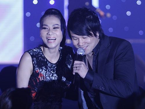 ro tin thu minh thay my tam lam giam khao vn idol - 2