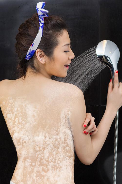 Những mỹ nhân Việt có làn da mướt mắt đáng ghen tỵ-15