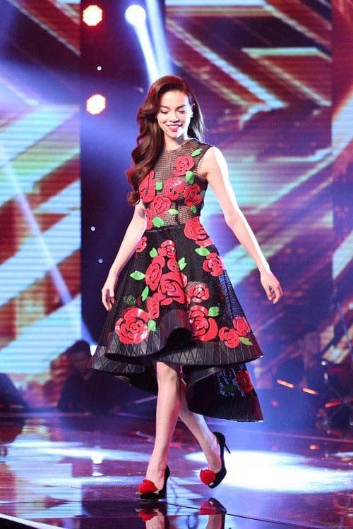 """Điểm danh những """"nữ hoàng ghế nóng"""" của showbiz Việt-8"""