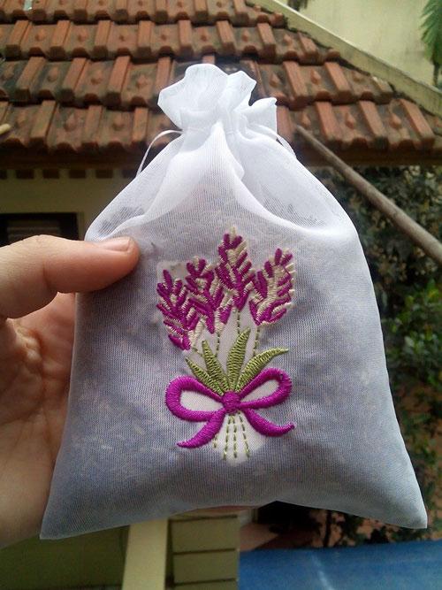 Hoa oải hương sốt xình xịch nhân ngày chị em - 12