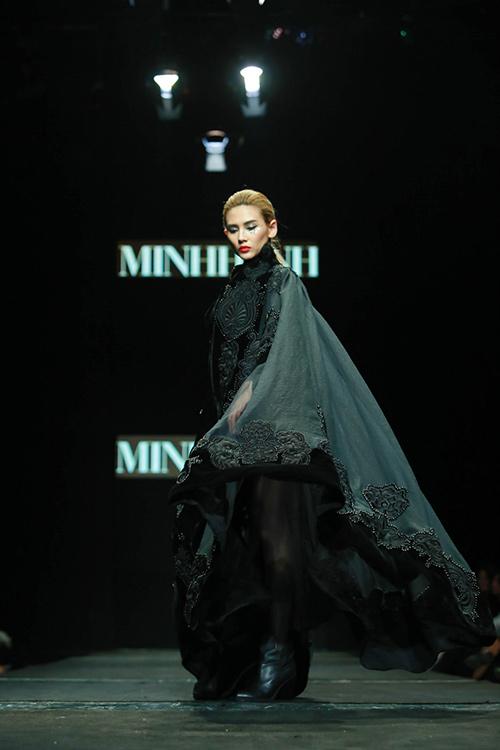 "minh hanh ""xuat chieu"" tai tuan thoi trang thu dong 2015 - 12"