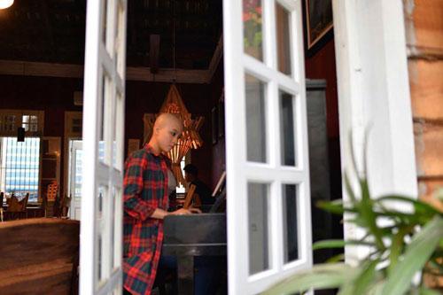 co gai cao dau troc gay 'sot' vietnam idol 2015 - 4