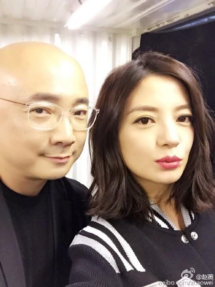 """Chồng Triệu Vy tới """"canh chừng"""" vợ đóng phim-5"""