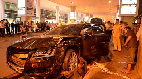 Khởi tố vụ xe đón Hồ Ngọc Hà tông 16 người thương vong-1