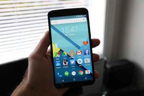 5 smartphone tam trung tot nhat trong 2015 - 4