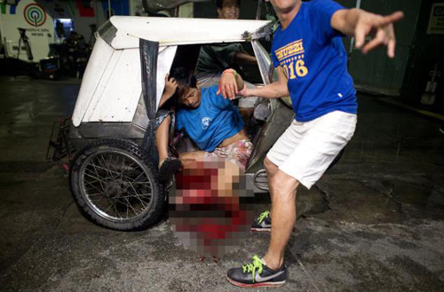 philippines: phao no dem giao thua, gan 400 nguoi thuong vong - 4