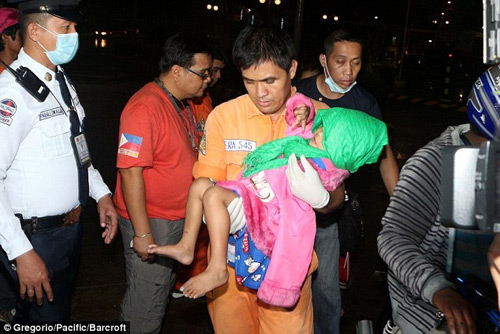 philippines: phao no dem giao thua, gan 400 nguoi thuong vong - 3